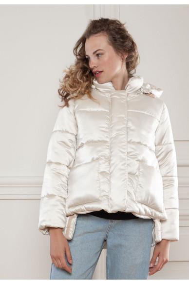 Короткая куртка с капюшоном Сакраменто