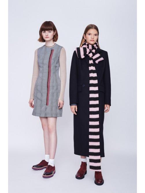 Платье Престон, пальто Эрвин