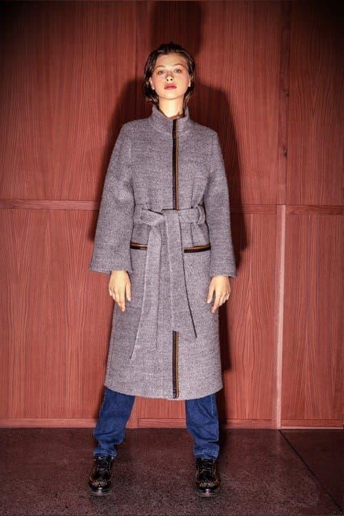 Дизайнерская модная одежда от Елены Голец продается в удобных шоу-румах в  Киеве e92442e6e74aa