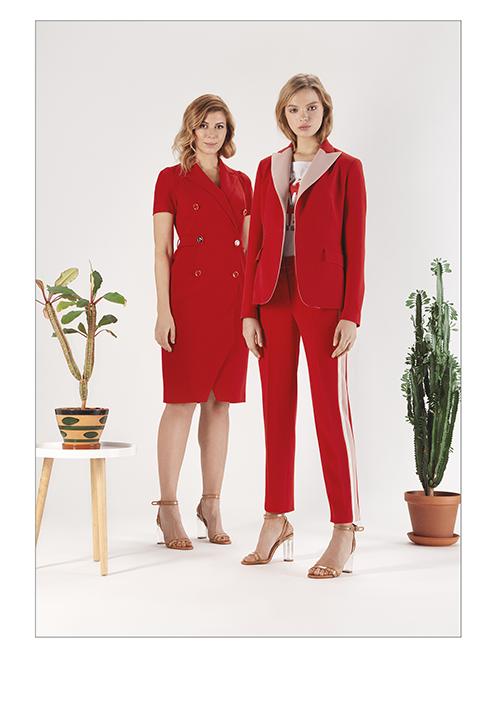 76754c8a7 Дизайнерская одежда доступна не для всех, поэтому многие женщины нашей  страны вынуждены подбирать красивые наряды с того, что есть на рынках.