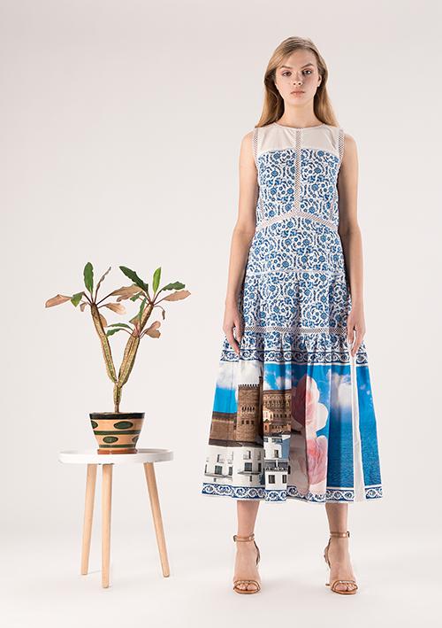 23a81985d Дизайнерская модная одежда от Елены Голец продается в удобных шоу-румах в  Киеве, которые расположены по адресам, указанным на сайте.